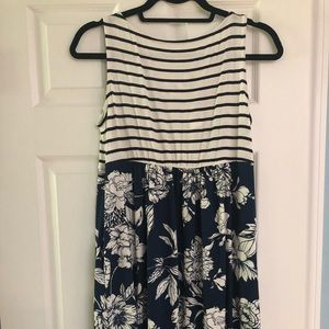Medium emerald dress striped and floral dress